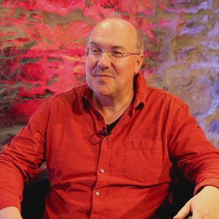 """Alain Damasio: """"Les géants numériques ont plus de pouvoir que les gouvernements"""" [RTS]"""