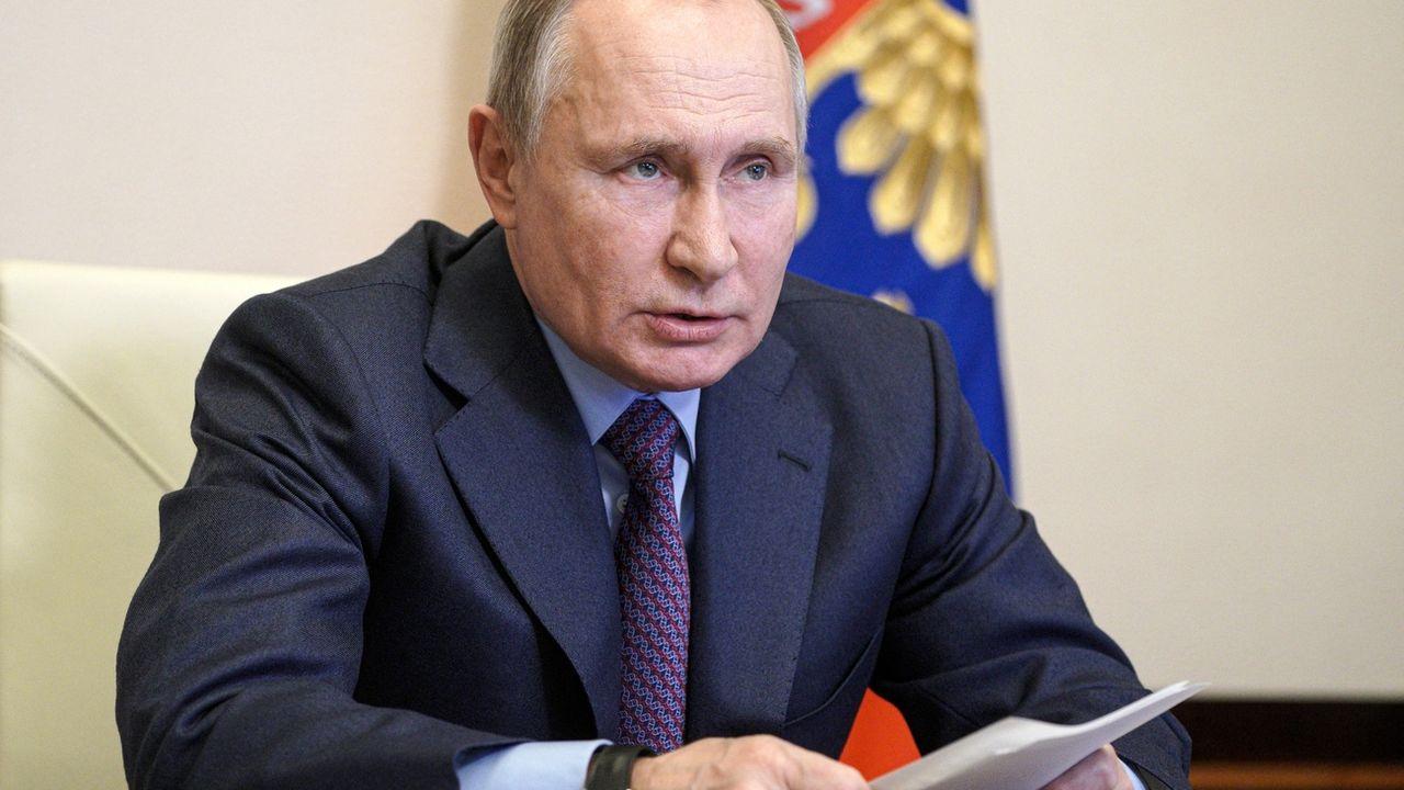 Feu vert des députés russes à deux mandats supplémentaires pour Vladimir Poutine. [Alexei Druzhinin - AP]