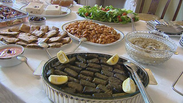 Plats au menu du Lundi Pur marquant le début du carême orthodoxe. [RTS]