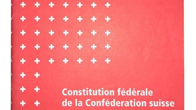 Constitution fédérale de la Confédération suisse de 1999. [DP]