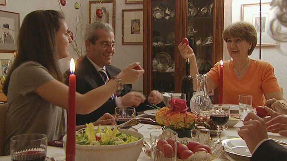 Πασχαλινό γεύμα για τους Ελληνορθόδοξους [RTS]