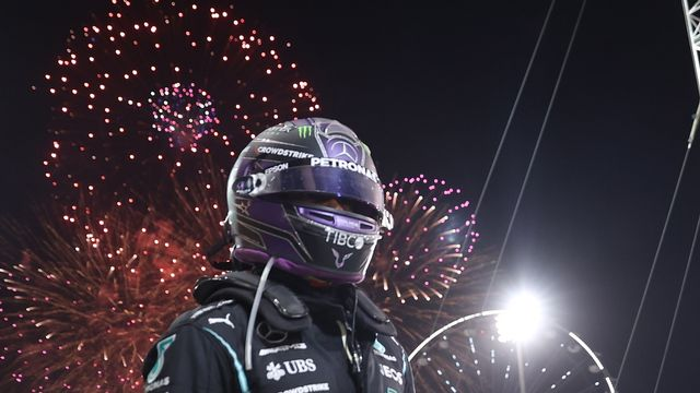 Lewis Hamilton a resisté jusqu'au bout au retour de Max Verstappen. [Lars Baron - Keystone]