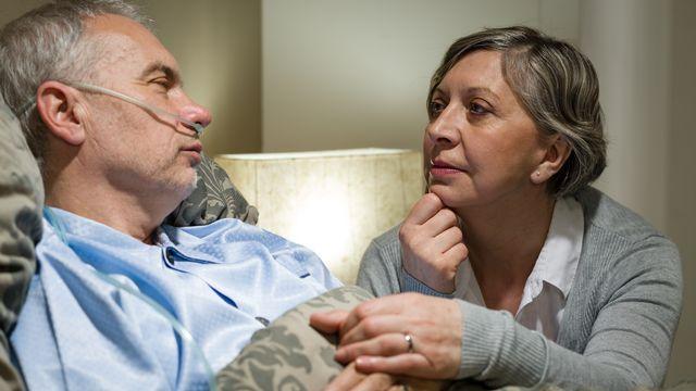 Stéphane nʹavait que 46 ans lorsque le diagnostic est tombé: maladie de Charcot foudroyante. Il a décidé de prendre sa dose de pentobarbital le 25 janvier (image prétexte). [CandyBoxImages - Depositphotos]