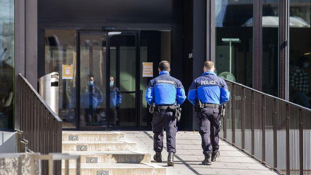 Le policier jugé pour meurtre a été acquitté. [Salvatore Di Nolfi - KEYSTONE]