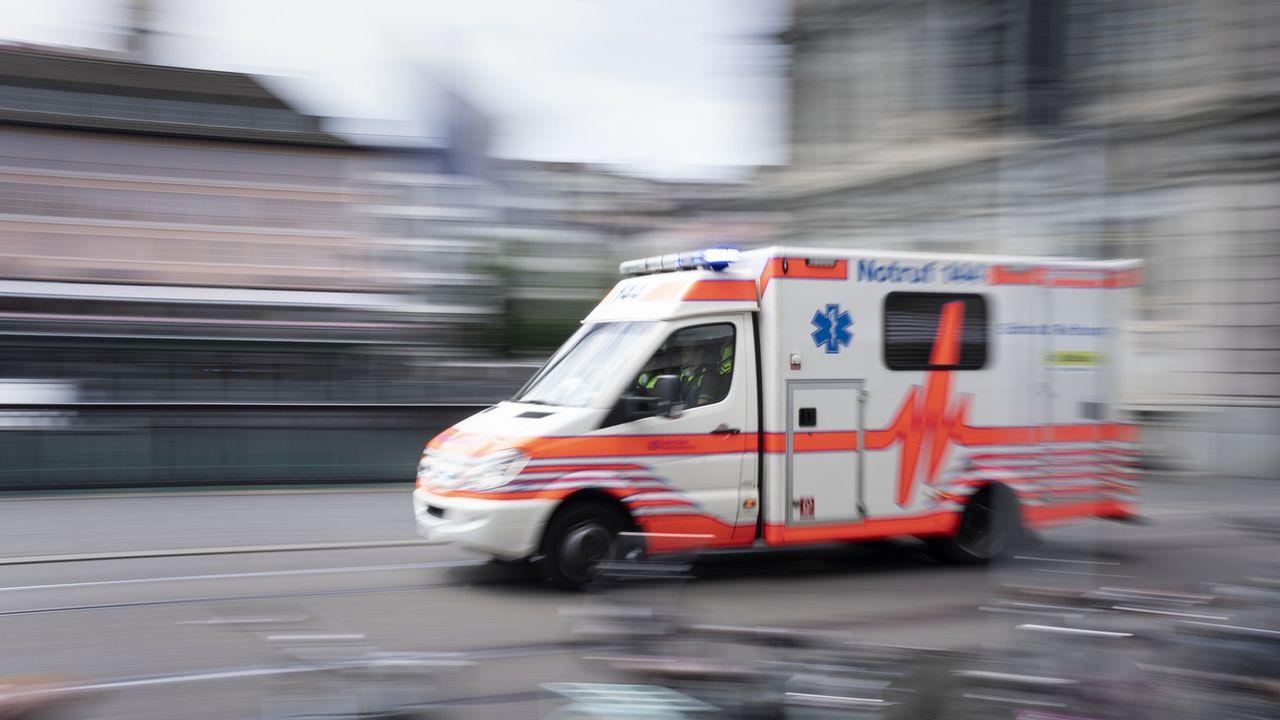 Le Conseil fédéral veut revoir le délit de chauffard pour les services d'urgence. [Gaëtan Bally - Keystone]