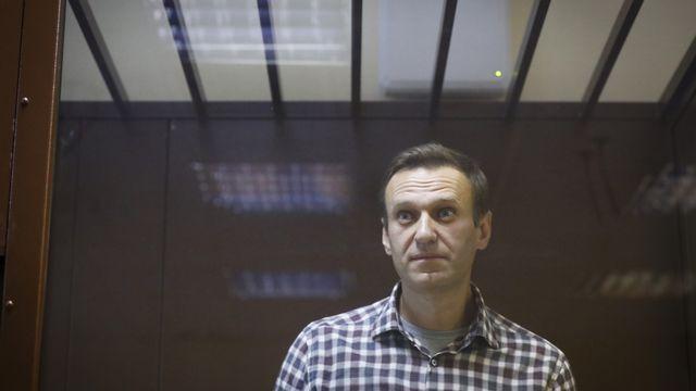 L'opposant russe Alexeï Navalny, photographié ici lors de son procès, le 20 février 2021 à Moscou. [Alexander Zemlianichenko - AP/Keystone]