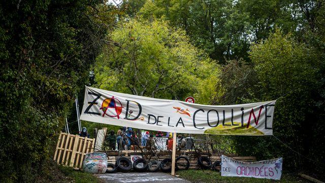 Les Verts vaudois ont décidé de lancer une initiative populaire cantonale pour sauver la colline du Mormont, près d'Eclépens. [Jean-Christophe Bott - Keystone]