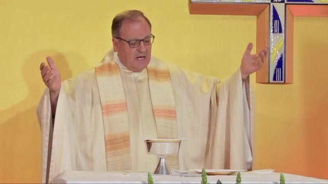 """Messe de Pâques depuis l'hôpital Covid """"La Carità"""" à Locarno [RTS]"""