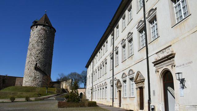 Le siège de la justice jurassienne au Château de Porrentruy. [Gaël Klein - RTS]