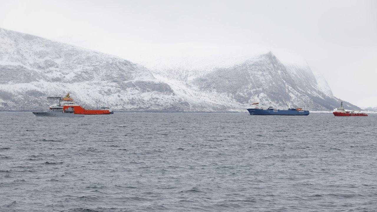 Le cargo à la dérive au large de la Norvège a pu être pris en remorque. [Svein Ove Ekornesvag - Keystone]
