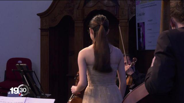 """Concours de violon """"Tibor junior"""", à 15 ans déjà virtuoses. [RTS]"""