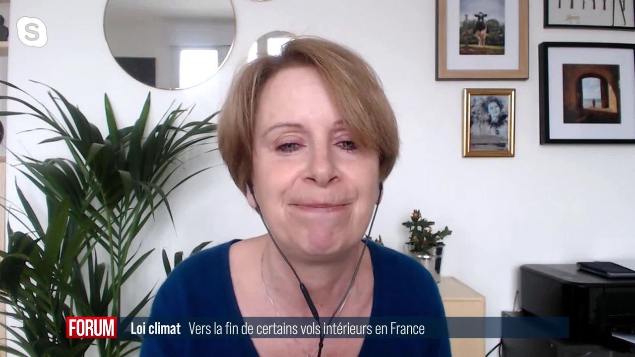 Loi climat: l'Assemblée nationale vote la fin de certains vols intérieurs en France [RTS]