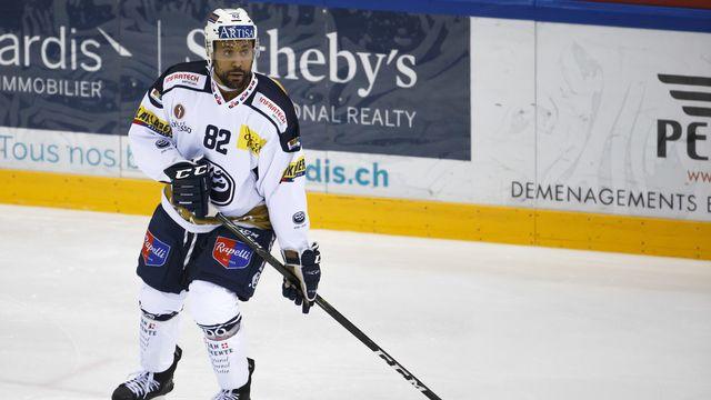 RTSsport a rencontré à Ambri cette personnalité attachante qui ne se destinait pas à devenir hockeyeur professionnel. [Salvatore Di Nolfi - Keystone]