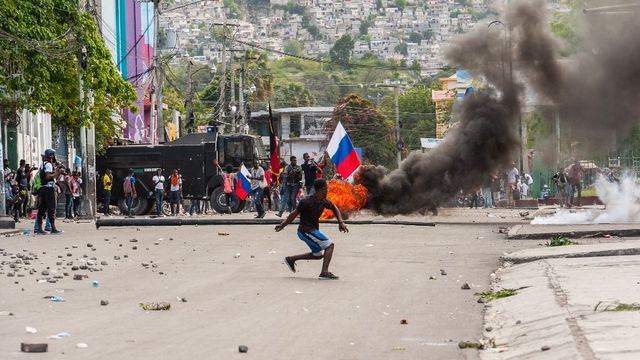La violence des bandes armées et l'instabilité politique en Haïti ont conduit à des manifestations à Port-au-Prince. [Sabin Johnson - AFP]