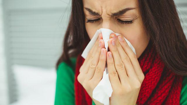 Comment différencier le rhume des foins du refroidissement? [saragolfart@gmail.com - Depositphotos]