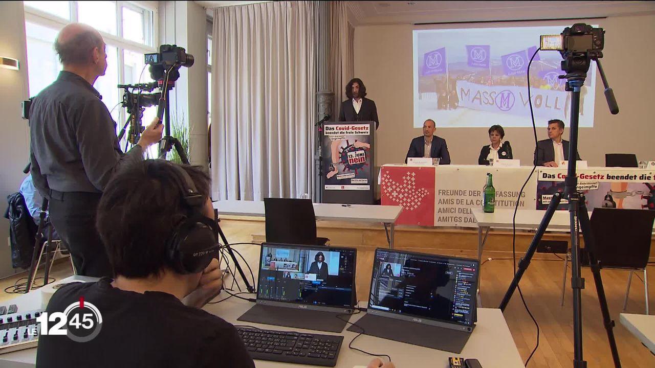 Les opposants à la loi Covid entrent en campagne dans la perspective des votations du 13 juin [RTS]