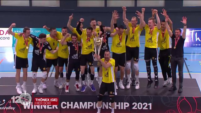 Volleyball: Chênois est champion de Suisse pour la septième fois de son histoire [RTS]