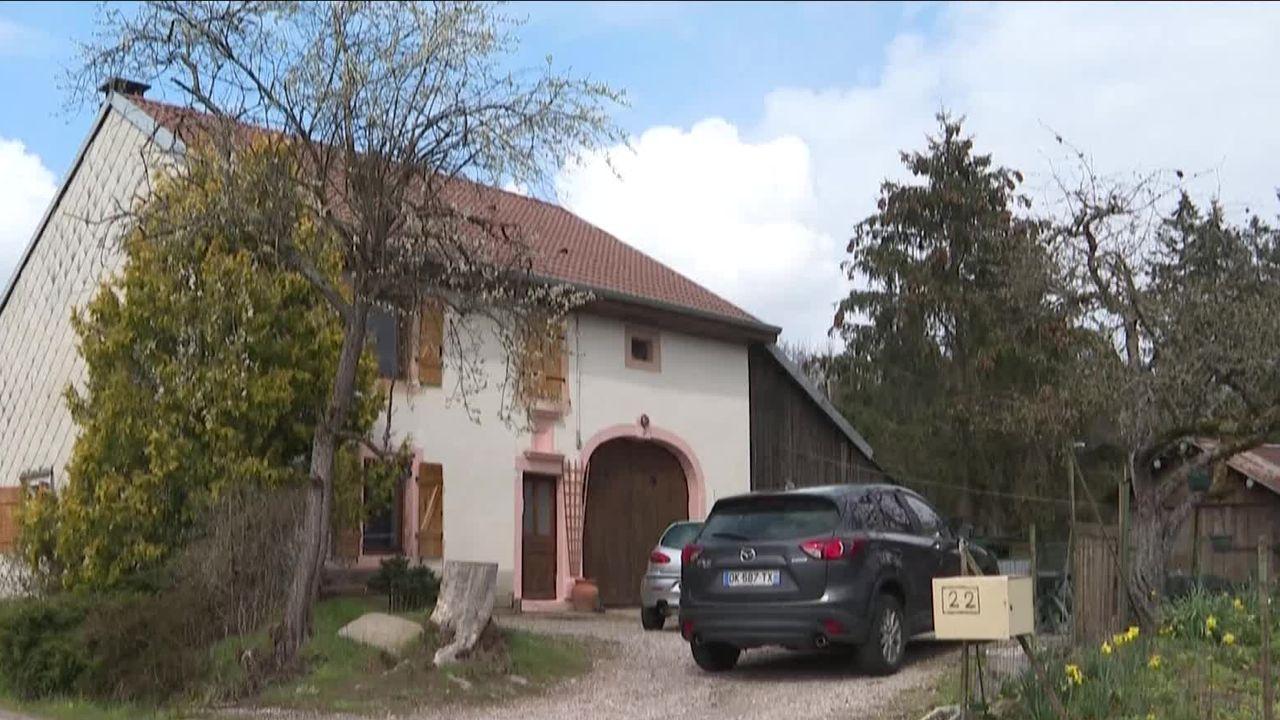 Mia, 8 ans, enlevée mardi dans les Vosges, en France, a été retrouvée dans un squat à Sainte-Croix (VD) [RTS]