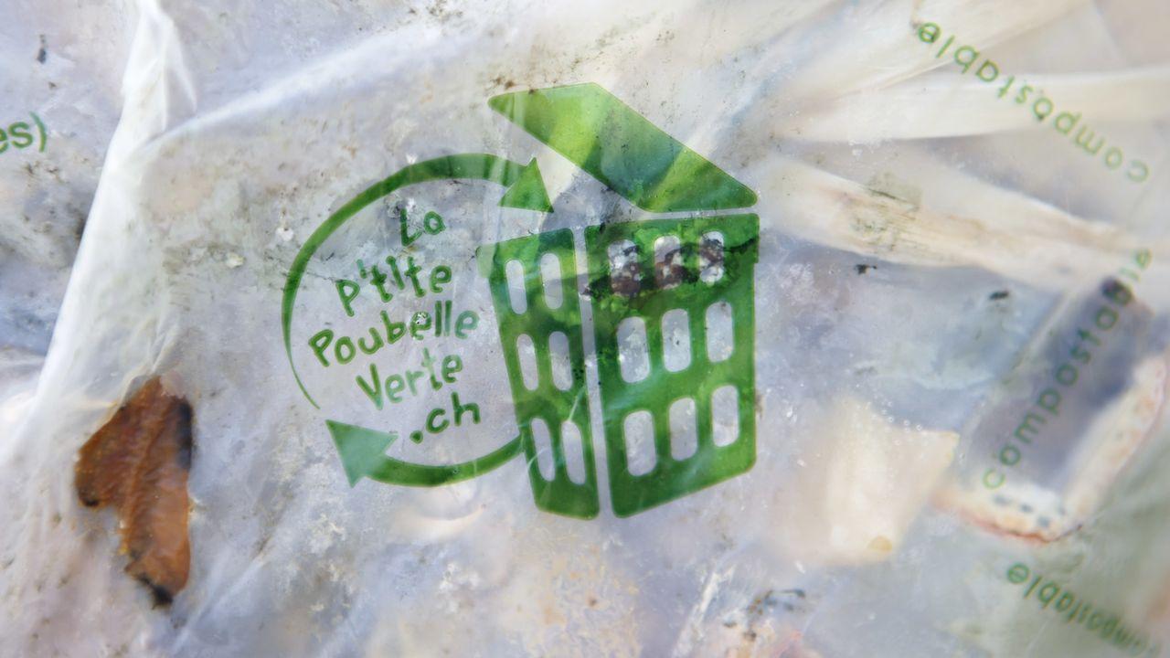 Genève lance une nouvelle campagne pour le tri des déchets de cuisine. [Salvatore Di Nolfi - Keystone]