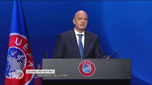 """Projet de """"Super League"""" des clubs les plus riches: la FIFA tape du poing à son tour. [RTS]"""