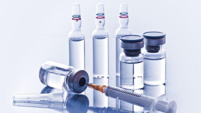 Les caillots de sang et les vaccins contre le Covid-19. [alexraths - depositphotos]