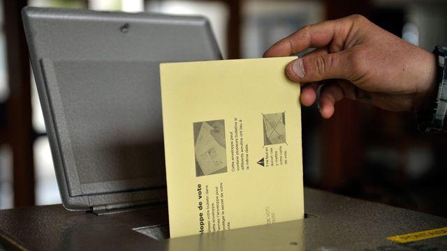 Les Suisses de retour aux urnes le 13 juin prochain.. [Dominic Favre - Keystone]
