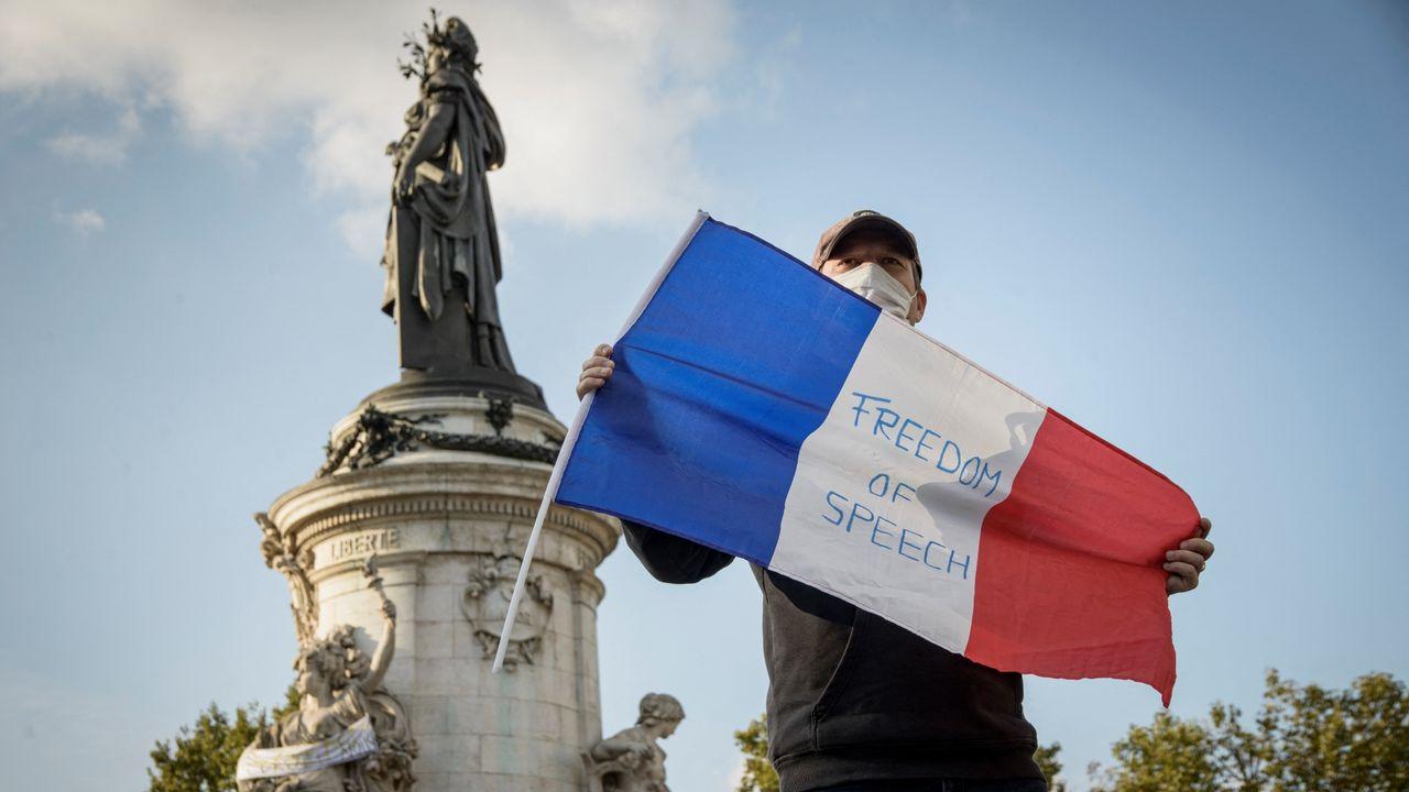 Manifestation en faveur de la liberté d'expression. [Jacopo Landi / Hans Lucas - AFP]