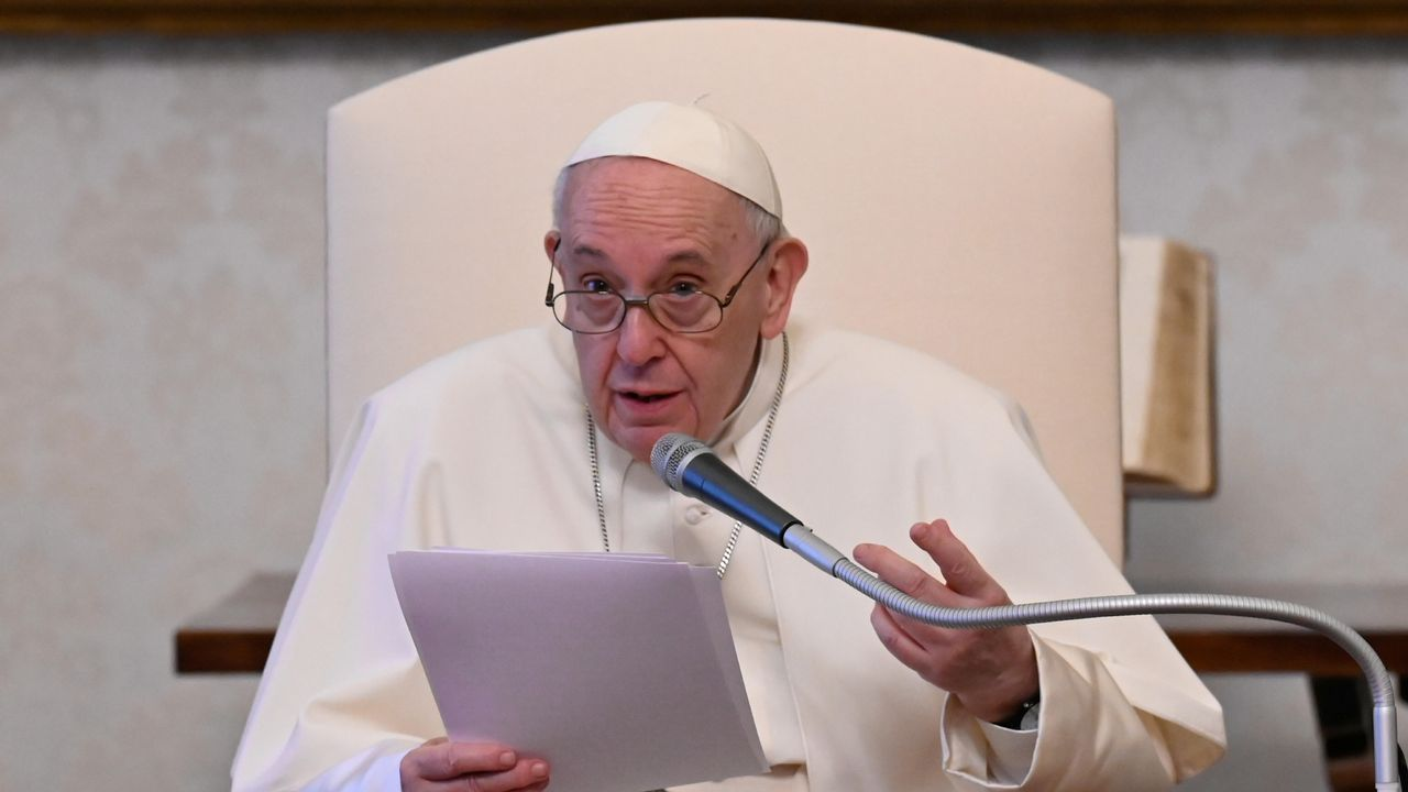 Le pape François, en croisade contre la corruption au sein même de l'Eglise. [Vatican Media - Reuters]