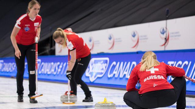 Les Suissesses continuent leur beau parcours à Calgary. [Steve Seixeiro - Freshfocus]