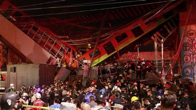 Une image de la rame de métro accidentée à Mexico. [Carlos Ramirez/EPA - Keystone]