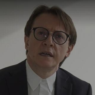 Nesa Meta, ex-patron de l'entreprise Swisswindows, qui a fait faillite en raison d'un rançongiciel. [TTC - RTS]