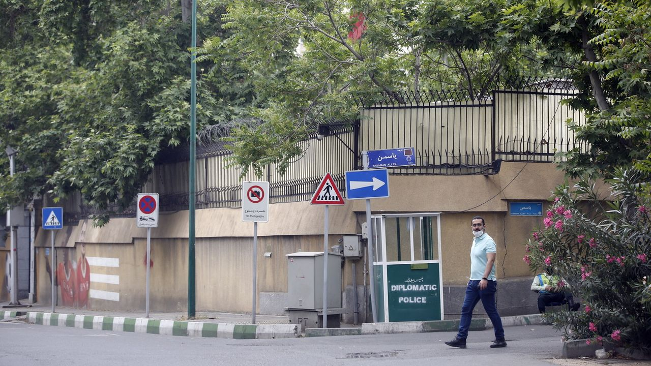 L'entrée de l'ambassade de Suisse à Téhéran, 04.05.2021. [Abedin Taherkenareh - EPA/Keystone]