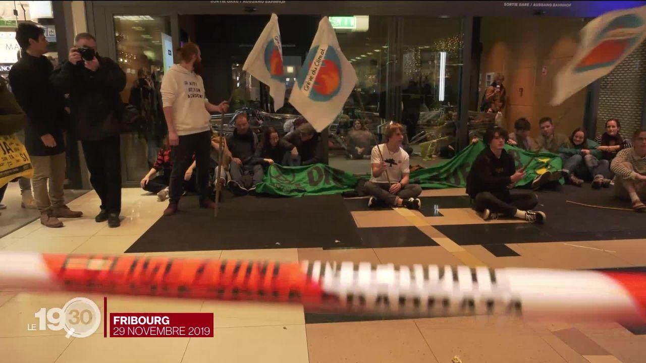 La Grève du climat et Extinction rebellion à nouveau face à la justice. 32 activistes seront jugés fin mai à Fribourg [RTS]