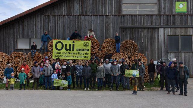 """Bio Suisse recommande de voter oui  à l'initiative """"Pour une Suisse libre de pesticides de synthèse"""", mais rejette celle pour une eau potable propre. [Gaël Klein - RTS]"""