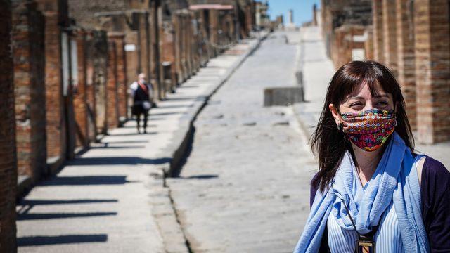 En mal de touristes, l'Italie allège ses conditions d'entrée. [Cesare Abbate - Keystone]