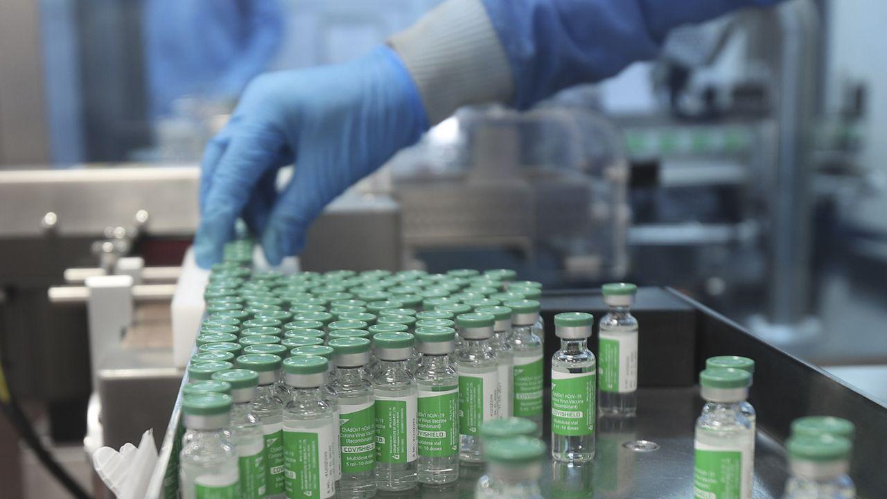 Washington s'est dit en faveur de la levée des brevets sur les vaccins anti-Covid. [Rafiq Maqbool - Keystone/AP]