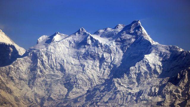 Une étude genevoise publiée jeudi dans le revue Nature climate change montre que, d'ici la fin du siècle, le risque d'inondation va tripler dans l'Himalaya, à cause du réchauffement climatique. [OZKAN BILGIN - ANADOLU AGENCY VIA AFP]