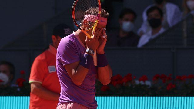 Comme à Monte-Carlo, Nadal a été sorti en quarts de finale à Madrid. [Rpdrigo Jimenez - Keystone]