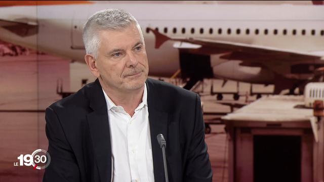 """Jean-Marc Thévenaz: """"Nous devrions pouvoir éviter tout licenciement chez Easyjet en Suisse"""". [RTS]"""