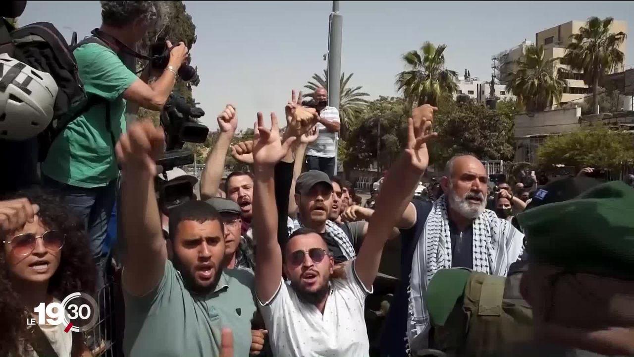 En ce mois de Ramadan, Jérusalem s'embrase à nouveau. Des émeutes opposent des Palestiniens aux forces de l'ordre israéliennes. [RTS]