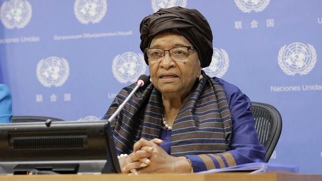 La commission mandatée par l'OMS est coprésidée par l'ancienne présidente du Libéria Ellen Johnson Sirleaf. [Luiz Rampelotto - NurPhoto/AFP]