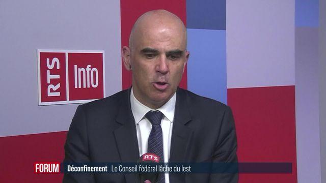 """Des assouplissements """"pour autant que la situation le permette"""": interview d'Alain Berset [RTS]"""
