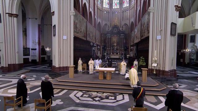 Messe de l'Ascension en direct et en Eurovision de la Cathédrale Saint-Sauveur à Bruges, Belgique [RTS]