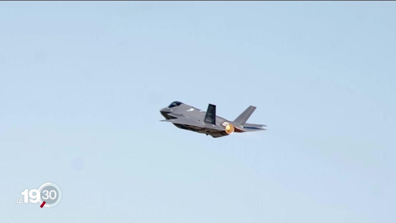 Alors que la Suisse va choisir son nouvel avion de combat, les fabricants américains tentent de séduire la Confédération. [RTS]
