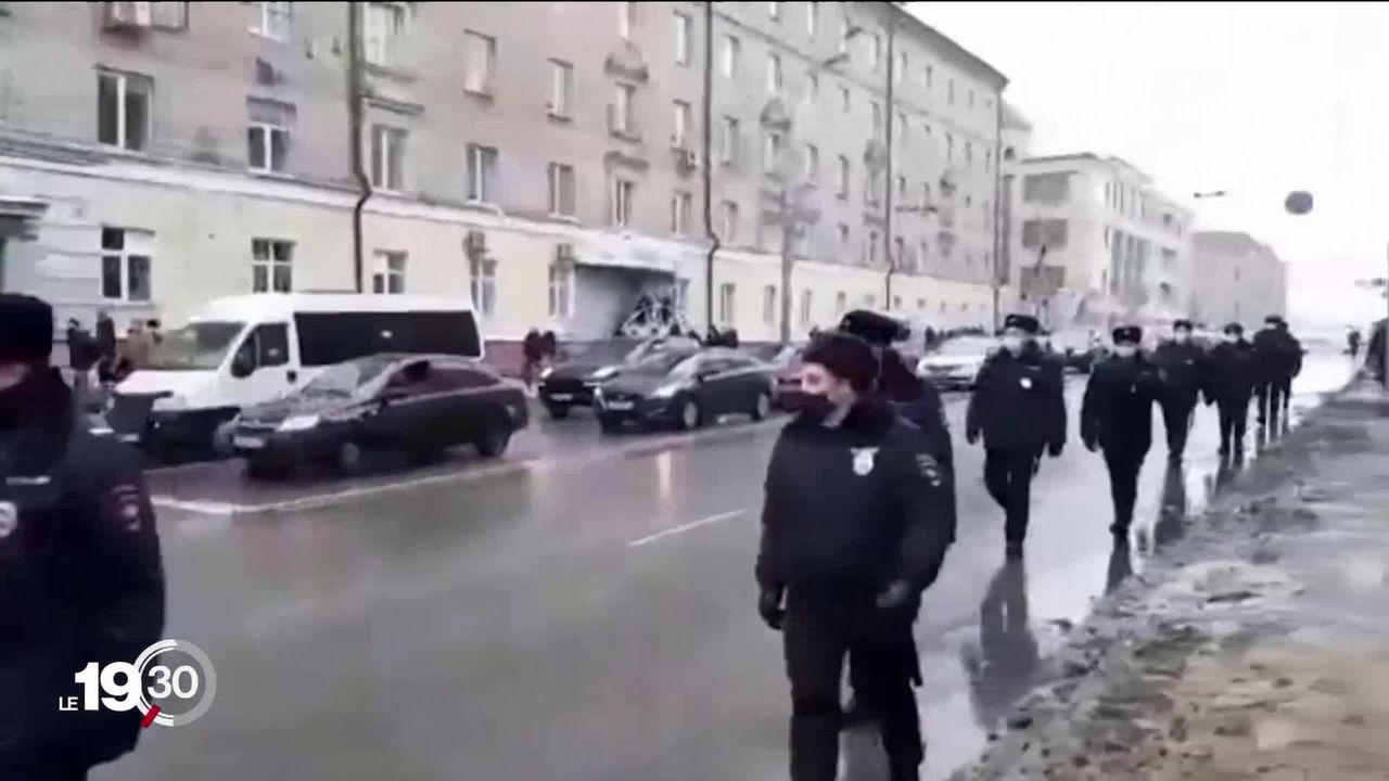 L'étau russe se resserre autour des opposants au gouvernement. [RTS]
