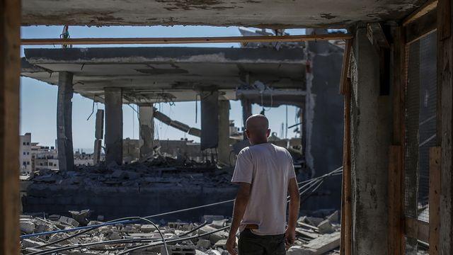 Une maison détruite après des tirs aériens sur Gaza, le 18 mai 2021. [Mohammed Saber - EPA]