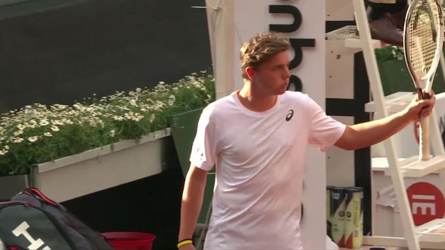 1-8, D. Stricker (SUI) - M. Fucsovics (HON) ( 7-5, 6-4): impressionnante victoire de Stricker ! [RTS]