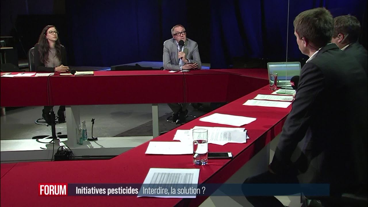 """Débat votations du 13 juin - Initiative """"Pour une Suisse libre de pesticides de synthèse"""" [RTS]"""
