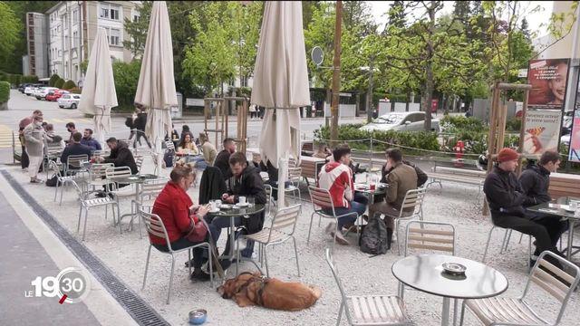 Hôtellerie, restauration et spectacles pourront accueillir plus de public, un soulagement après 15 mois de crise [RTS]
