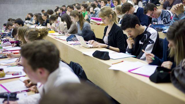 Les associations d'étudiants s'interrogent notamment sur l'avenir du programme Erasmus. [Martin Rütschi - Keystone]